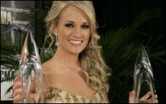 Carrie underwood wins two more cma awards kellie pickler for How many kids does carrie underwood have