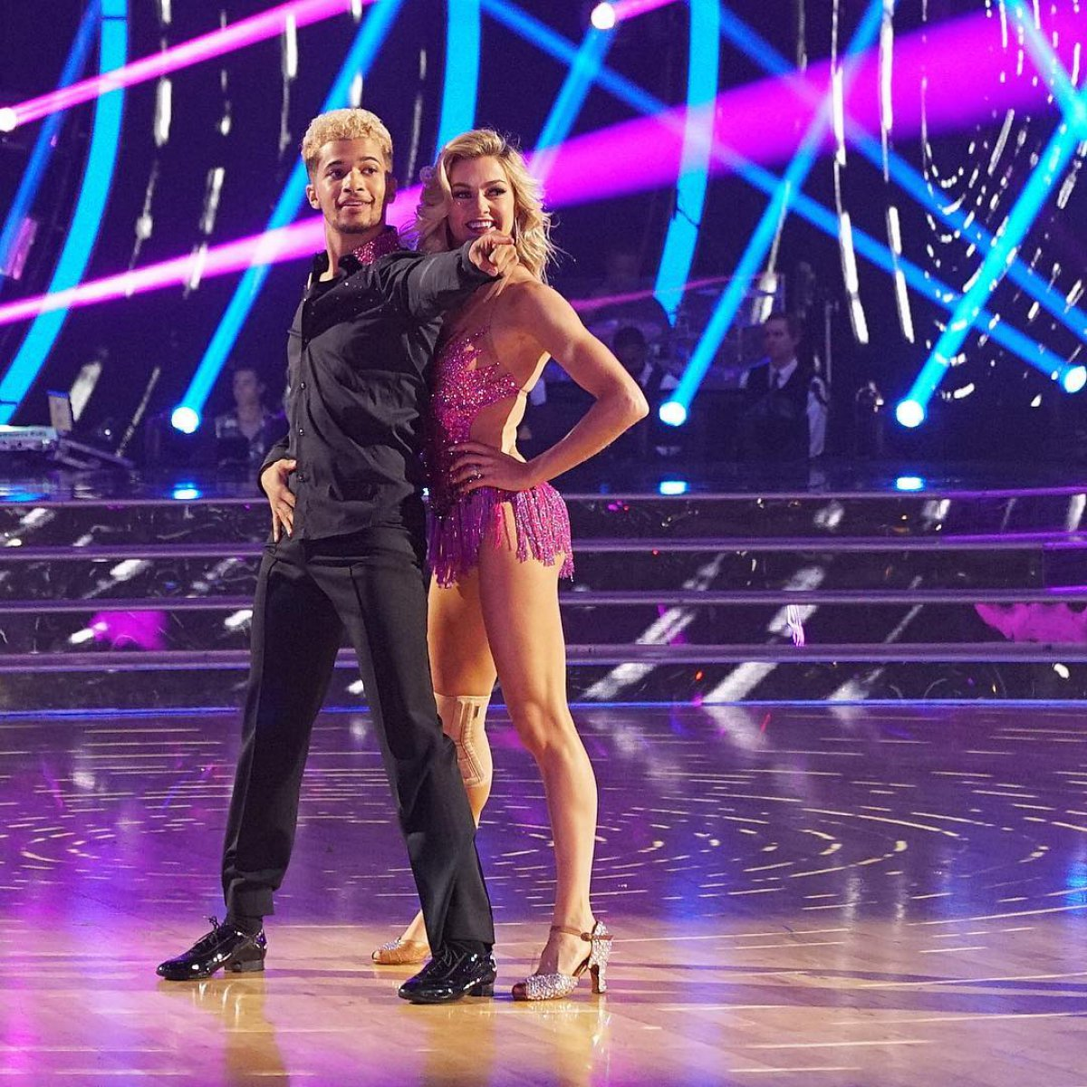 Jordan Fisher and Lindsay Arnold win \u0027Dancing with the Stars ...