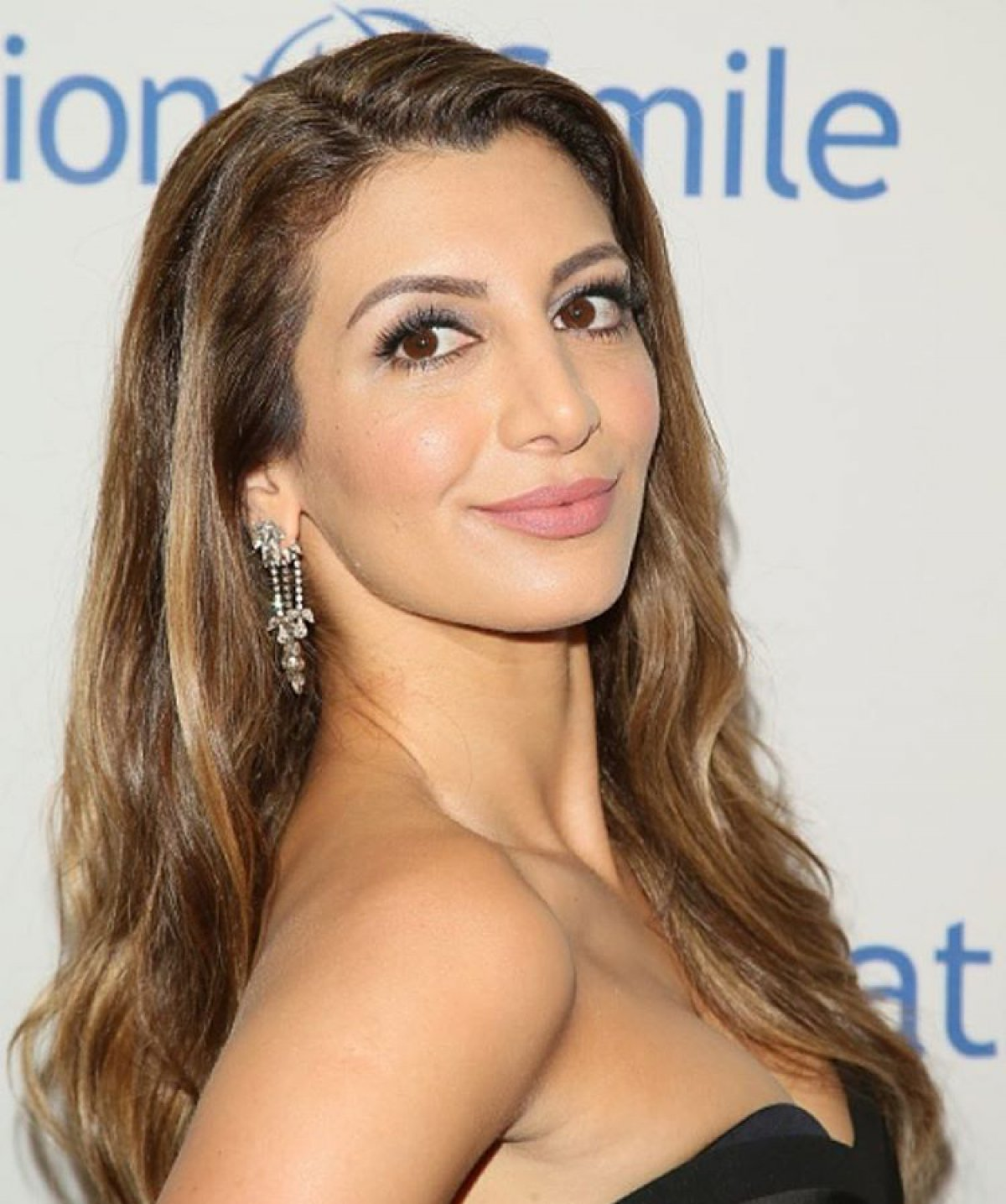 Nasim Pedrad Nude Photos 59
