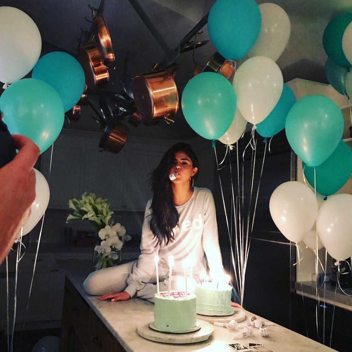 Selena Gomez celebrates her 25th birthday with The Weeknd - Reality