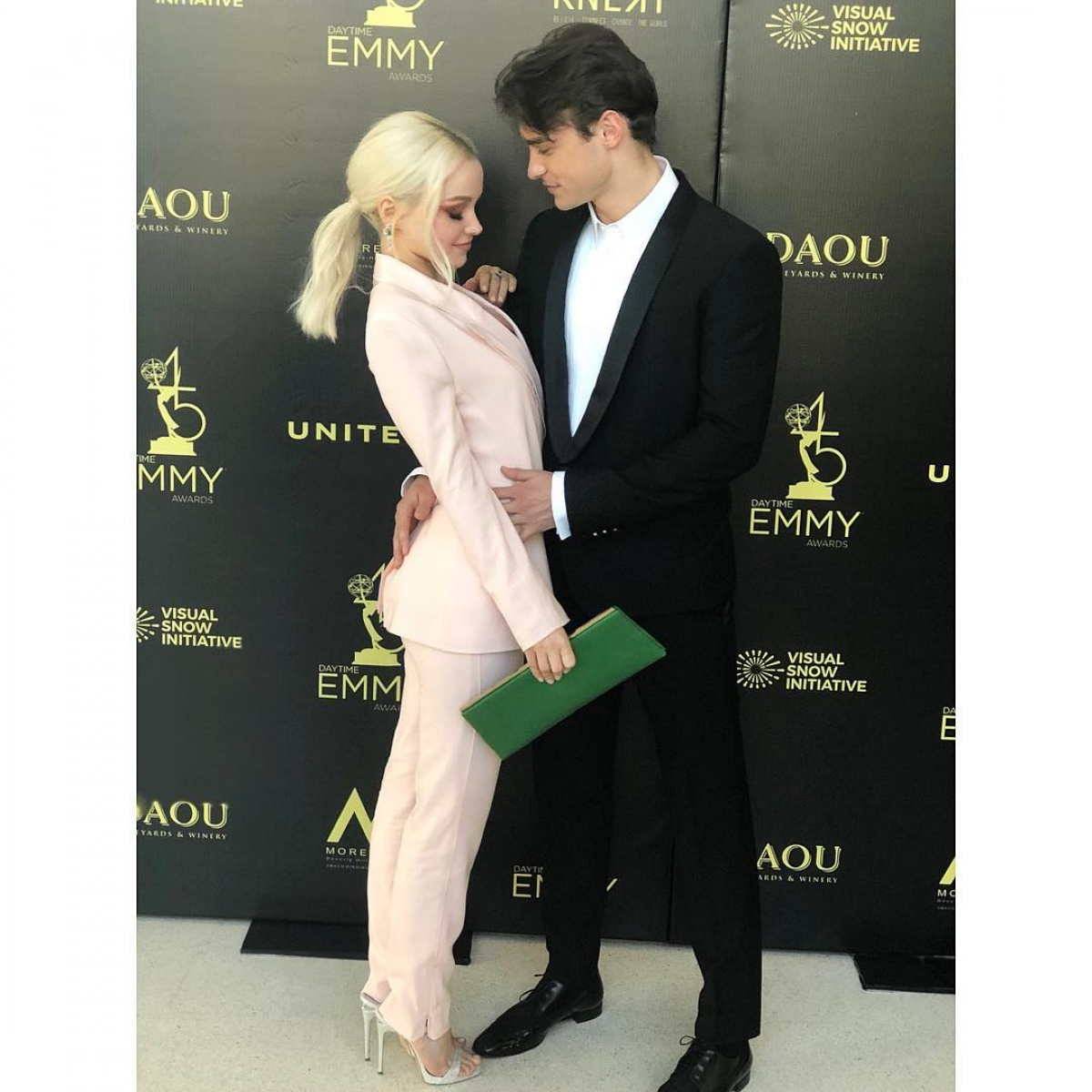 Dove Cameron Denies Thomas Doherty Split We Are Madly In Love