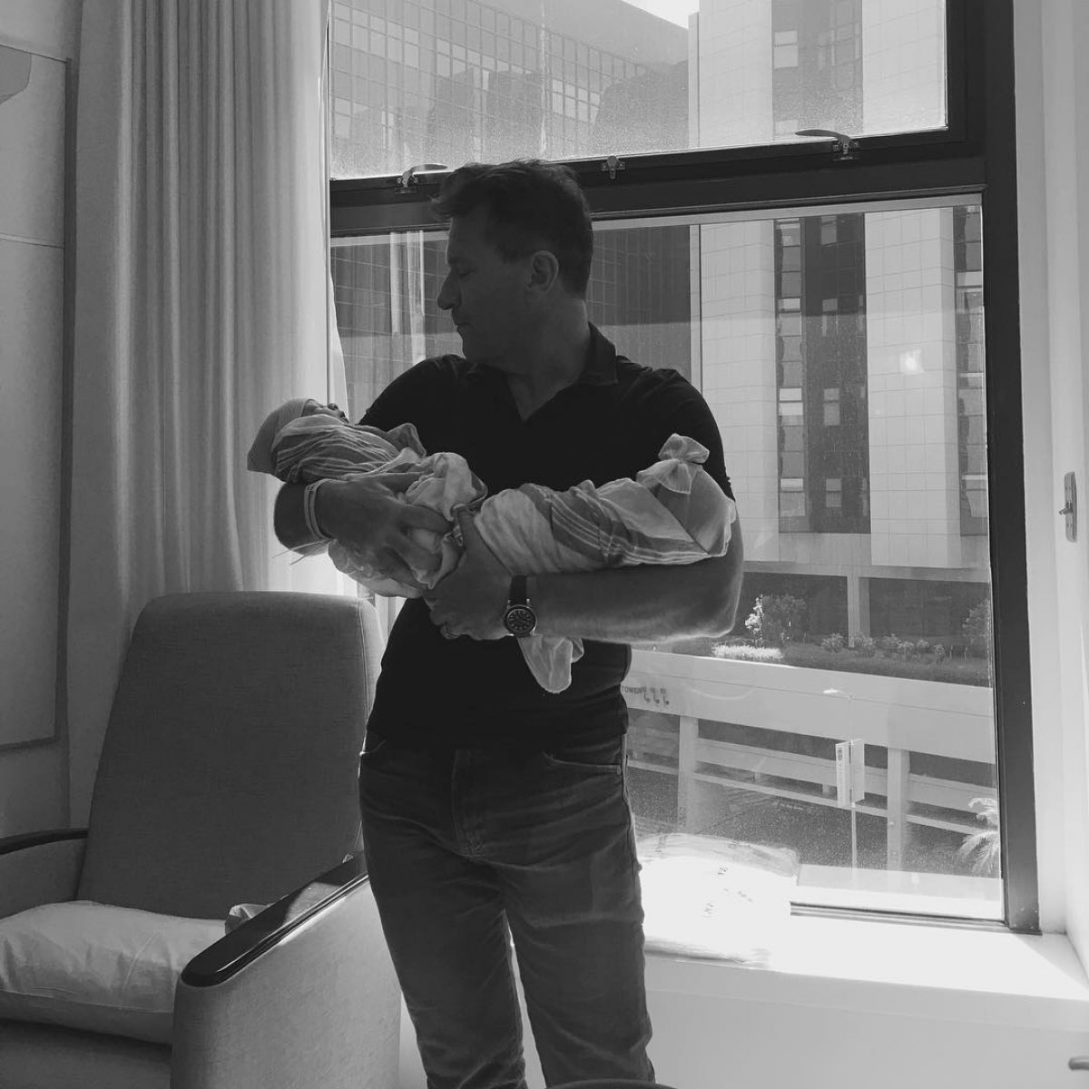 Dancing With The Stars Kym And Robert: Kym Johnson And Robert Herjavec Welcome Twin Babies