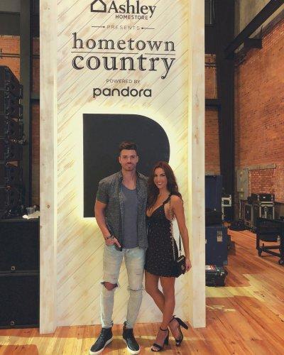 The Bachelorette Alum Luke Pell Unveils New Girlfriend Amanda Mertz Entertainment host for complex networks channel, rated red. the bachelorette alum luke pell