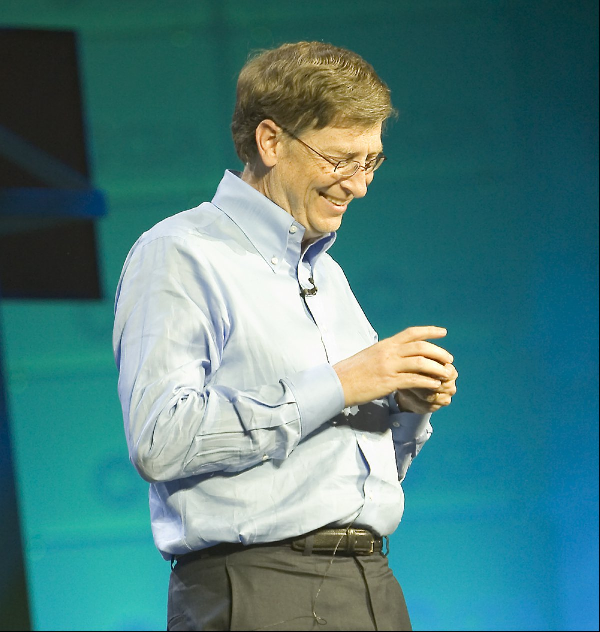 Bill Gates gets 'blue screen of death' during trade show