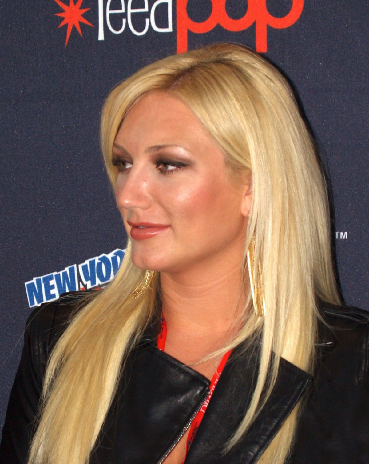 Brooke Long Nude brooke hogan poses nude in cage to show the plight of animals