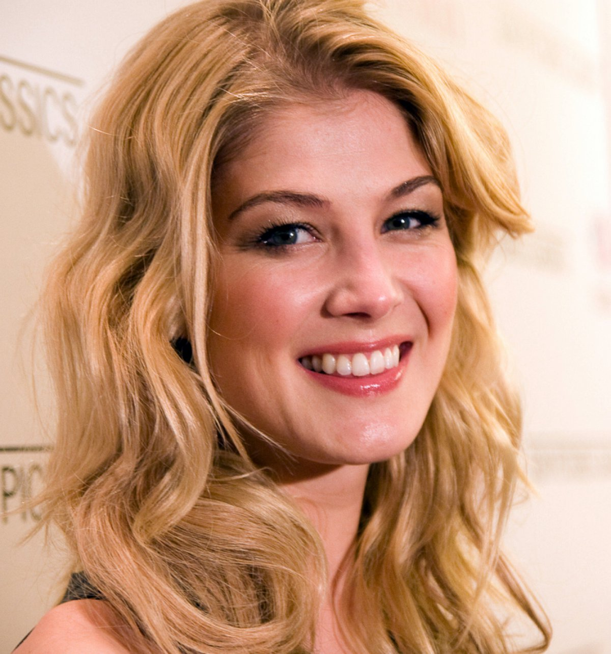 Selfie Rosamund Pike nudes (99 foto and video), Topless, Cleavage, Twitter, butt 2018